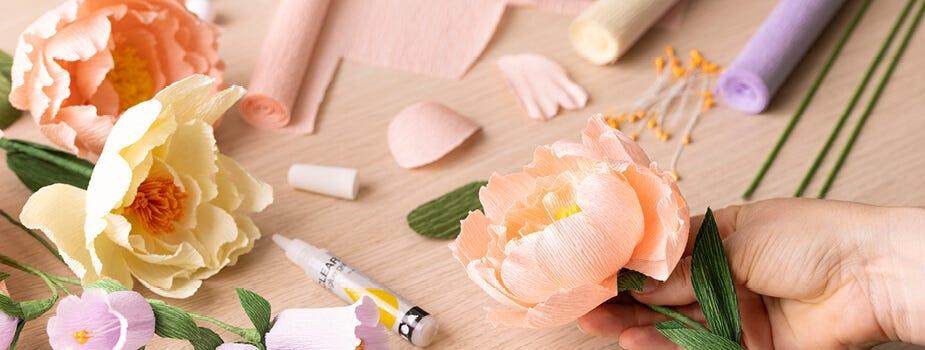 Lad kreativiteten blomstre med crepepapir