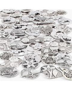 Vedhæng, str. 20-37 mm, hulstr. 2+2,5 mm, Indhold kan variere, antik sølv, 278 stk./ 1 pk.