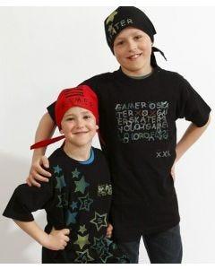 T-shirt og bandana med stempeltryk