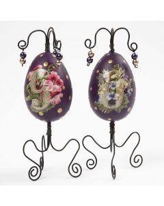 Påskeæg malet og dekoreret med metaltråd, glansbillede og perler