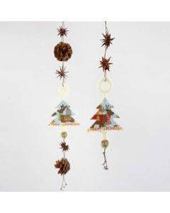 Ophæng med juletræ i filt, naturpynt og bjælder