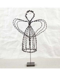Engel på fod i sort alutråd med diamond cut