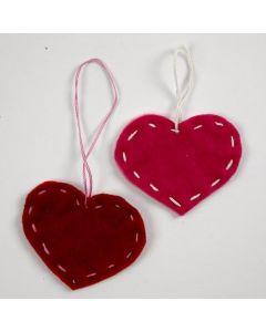 Hjerte af filt med stikkesting