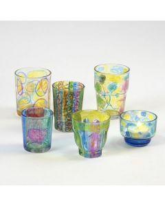 Lysglas med tuschtegnede mønstre