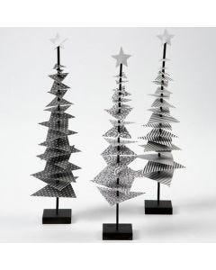 Juletræ af designpapir på pind med fod