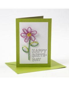 Kort i grøn med blomst af rocaiperler