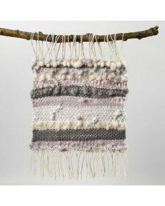 Vævet stykke af bomuldsgarn, uldgarn og stof i strimler