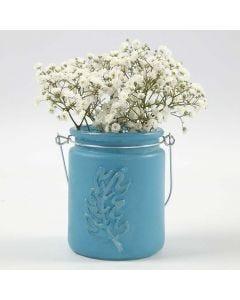 Vase af lysglas malet med fjer i relief