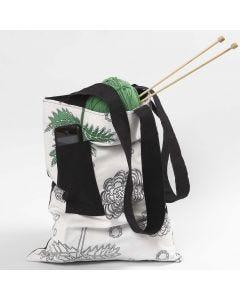 Taske med skulderrem og forlomme