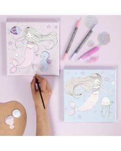 Malerlærred med havfrue motiv farvelagt med tusch og glitterlim
