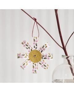 Juleophæng af stjernestrimler og glitterpapir