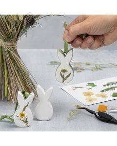 Påskeophæng af porcelæn med tørrede blomster