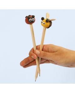 Silk Clay insekter som pynt på blyanter