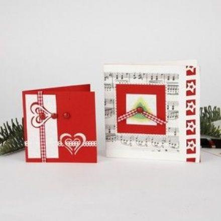 Julekort med udstanset juletræ og pop-up-hjerte