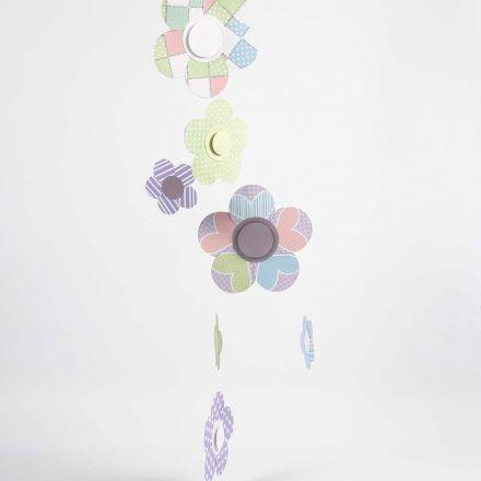 Blomster uro af udstansede papir cirkler