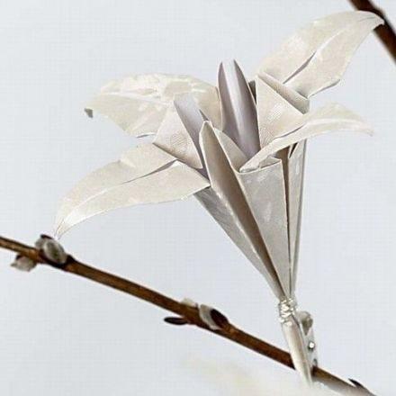 Origami lilje