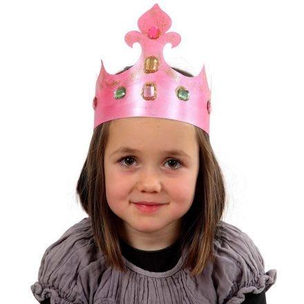 Krone af pap med rhinsten
