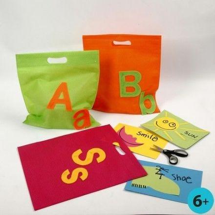 Mulepose med bogstaver af filt