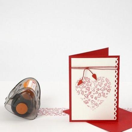 Dug og kort med stemplede hjerter