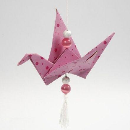 Origami fugl ophængt med perler