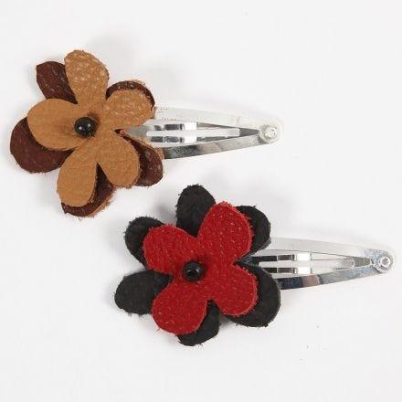 Hårspænde med blomst af læder
