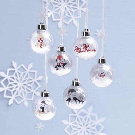 Julekugle med sne og farvelagte motiver af pingvin, rensdyr og isbjørn