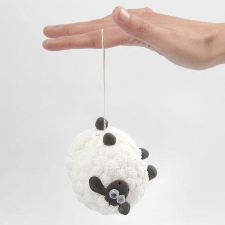 F for Får yoyo med Foam Clay