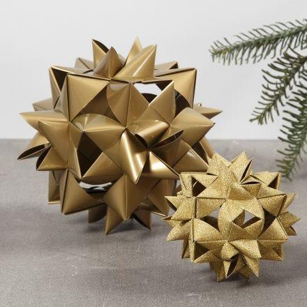Stor flettet julestjerne af 24 stjernestrimler