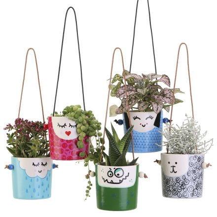 Sjove hængende urtepotter med ansigter