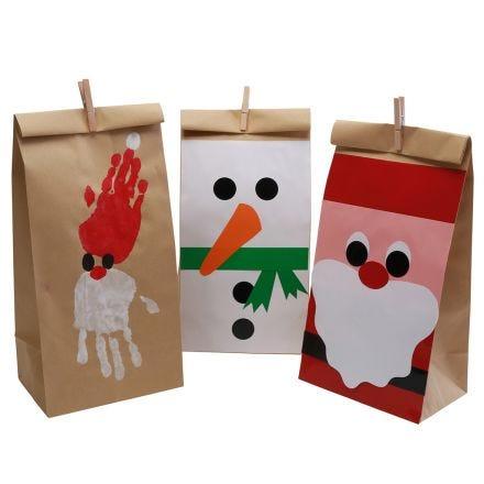 Flotte juleposer med pynt i glanspapir