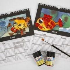 Kalender med skønne motiver og udskiftelig baggrund
