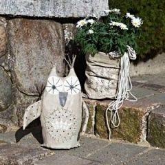 Pynteugle og posevase til haven
