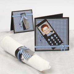 Kort pyntet med mobiltelefon af karton med rhinsten