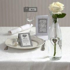 Festinvitation og kort med hjerte i zink