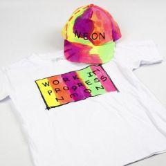 Neon tekstilmaling på T-shirt og kasket