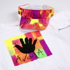 Neon tekstilmaling på T-shirt og solskygge