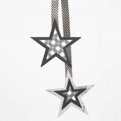 Ophæng af papirstjerner i flere lag på bånd