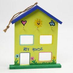 Dekoreret hus til ophæng af husnøgle m.fl.