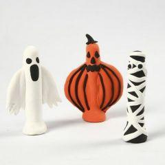 Spøgelse, græskar og mumie lavet med Silk Clay om tøjklemmer