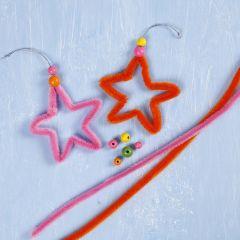 Stjerne af kulørt chenille