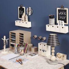 Kreativ og praktisk indretning ved arbejdsbordet