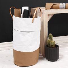 Vasketøjskurv syet i læderpapir