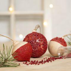 Julekugler pyntet med hobbymaling, sticky base og mini glaskugler