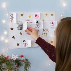 Lav selv julekalender med tegninger, stickers og billeder
