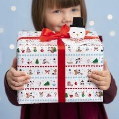 Julegaveindpakning med polar motiver og pop-up snemand gavemærke