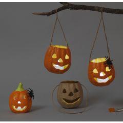 Græskar lanterner af pap og terrakotta til halloween