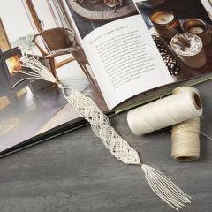 Knyttet bogmærke af bambussnor