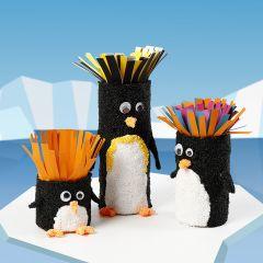 Paprør dekoreret som pingviner