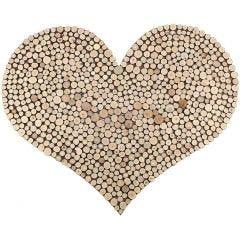 Hjerte dekoreret med træskiver