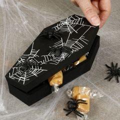 Halloween kiste med edderkopper